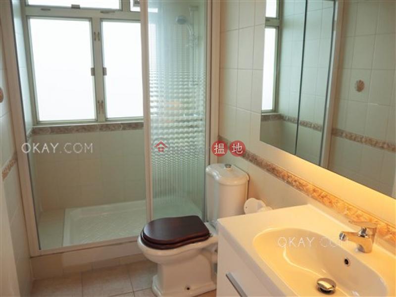3房2廁,極高層,連車位,露台《瓊峰園出租單位》202-216天后廟道   東區 香港出租HK$ 50,000/ 月