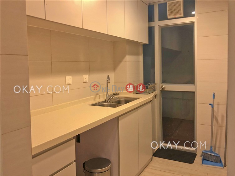Cozy 2 bedroom with terrace | Rental, Ideal House 愛迪樓 Rental Listings | Central District (OKAY-R324112)
