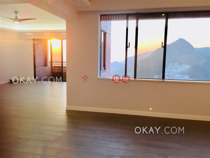 Stylish 3 bedroom with balcony & parking | For Sale | Parkview Heights Hong Kong Parkview 陽明山莊 摘星樓 Sales Listings