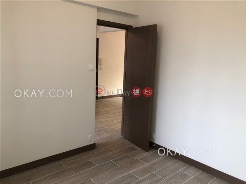 HK$ 35,000/ month Shan Kwong Tower Wan Chai District Lovely 2 bedroom on high floor with balcony | Rental