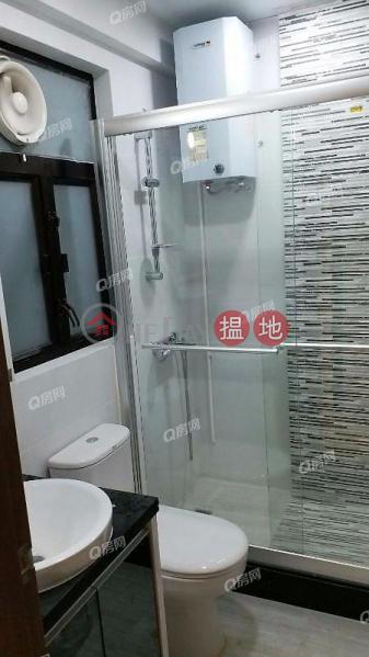 HK$ 33,000/ month Wah Tang Building Cheung Sha Wan | Wah Tang Building | 3 bedroom Mid Floor Flat for Rent