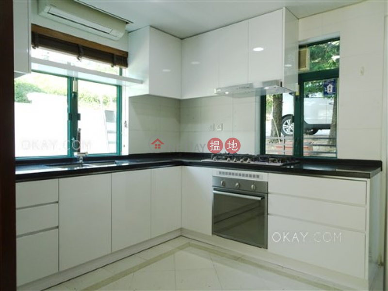 Tasteful house with rooftop, terrace & balcony | For Sale | Phoenix Palm Villa 鳳誼花園 Sales Listings