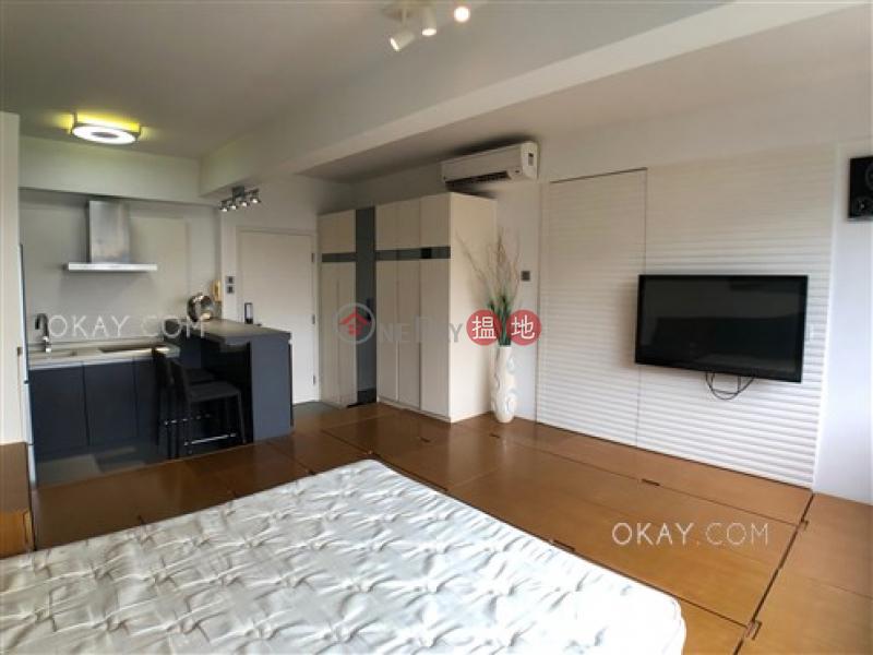 香港搵樓|租樓|二手盤|買樓| 搵地 | 住宅-出售樓盤-開放式,極高層,馬場景《常德樓出售單位》