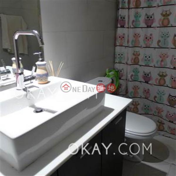 HK$ 70,000/ 月-怡林閣A-D座-西區-3房2廁,實用率高,極高層,海景《怡林閣A-D座出租單位》