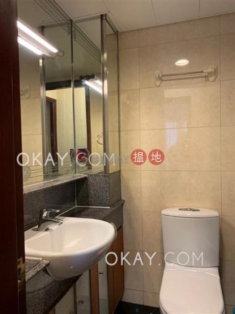Intimate 2 bedroom on high floor with balcony | Rental|The Merton(The Merton)Rental Listings (OKAY-R126228)_0