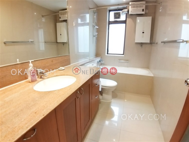 HK$ 170,000/ month, Bamboo Grove | Eastern District Stylish penthouse with racecourse views, terrace | Rental