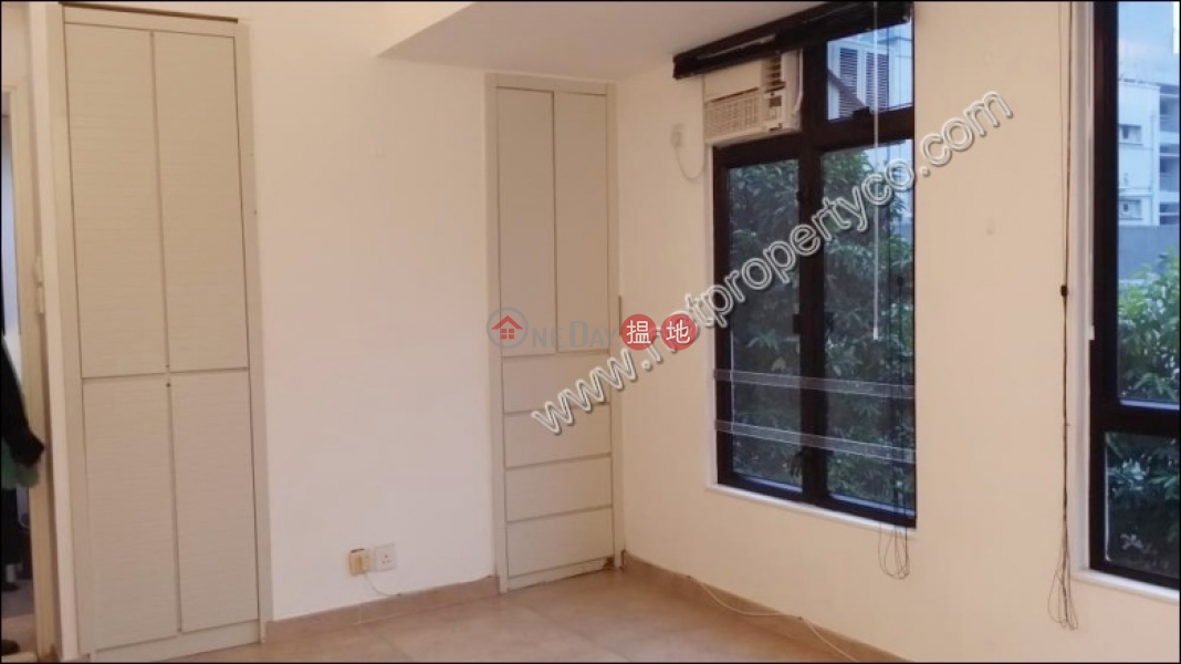 HK$ 17,500/ month   Wah Tao Building, Wan Chai District   Nicely Decorated Apartment for Rent in Wan Chai