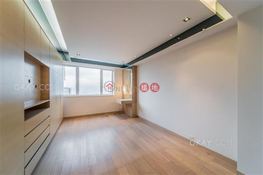 香港搵樓|租樓|二手盤|買樓| 搵地 | 住宅出售樓盤4房3廁,實用率高,可養寵物,連車位《瓊峰園出售單位》