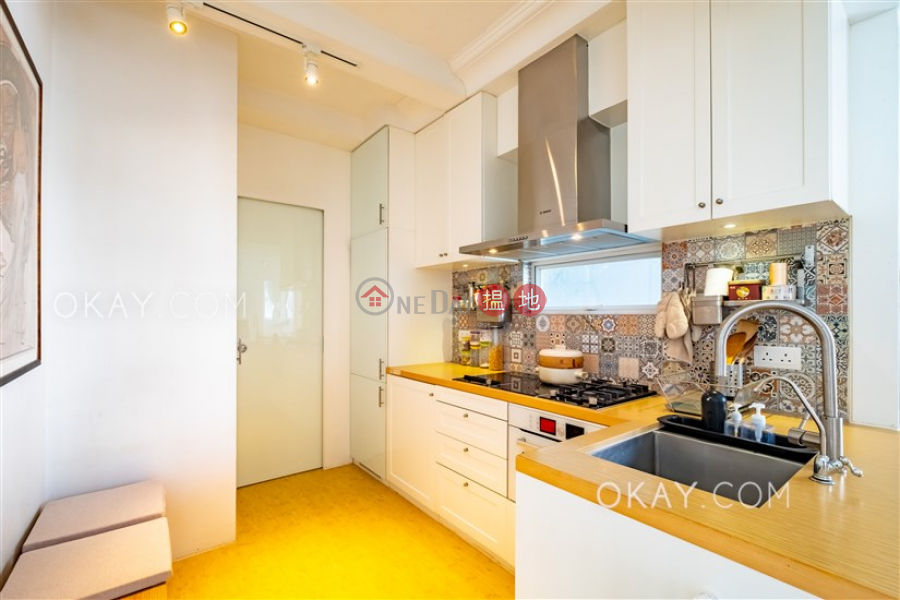 Practical 2 bedroom in Western District | For Sale | Wing Tai Mansion 永泰大廈 Sales Listings