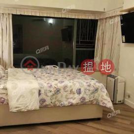 Tower 7 Island Resort | 3 bedroom Low Floor Flat for Sale