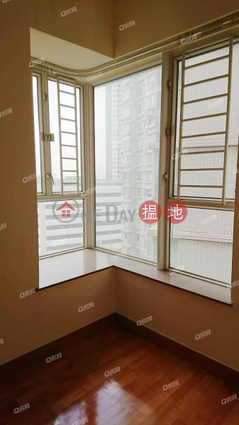 Property Search Hong Kong | OneDay | Residential | Rental Listings L\'Hiver (Tower 4) Les Saisons | 2 bedroom Mid Floor Flat for Rent