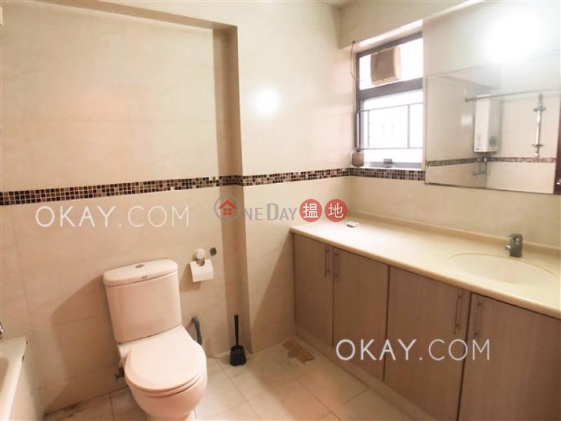Efficient 4 bedroom with balcony & parking   Rental   OXFORD GARDEN 晉利花園 Rental Listings