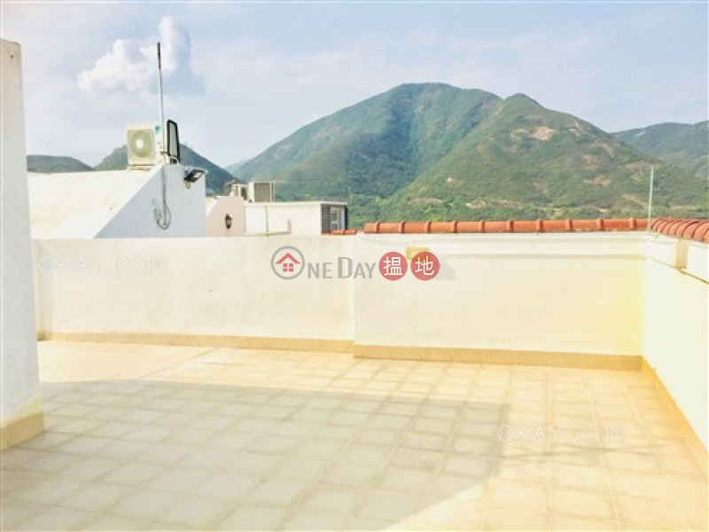 Beautiful house with rooftop | Rental, Discovery Bay, Phase 4 Peninsula Vl Caperidge, 18 Caperidge Drive 愉景灣 4期 蘅峰蘅欣徑 蘅欣徑18號 Rental Listings | Lantau Island (OKAY-R16128)