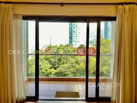 Efficient 3 bedroom with balcony & parking | Rental|Evergreen Villa(Evergreen Villa)Rental Listings (OKAY-R12815)_0