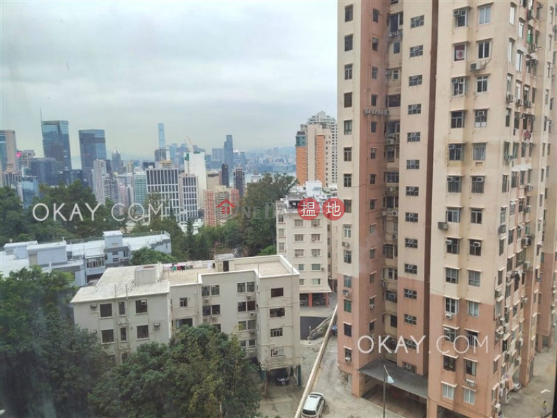 Charming 2 bedroom with balcony & parking | For Sale | Park Garden 柏園 Sales Listings
