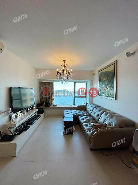 Property Search Hong Kong | OneDay | Residential | Rental Listings | Tower 8 Island Resort | 3 bedroom High Floor Flat for Rent