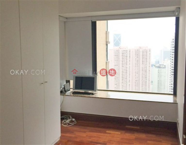 Lovely 3 bedroom on high floor with parking   Rental   Tavistock II 騰皇居 II Rental Listings