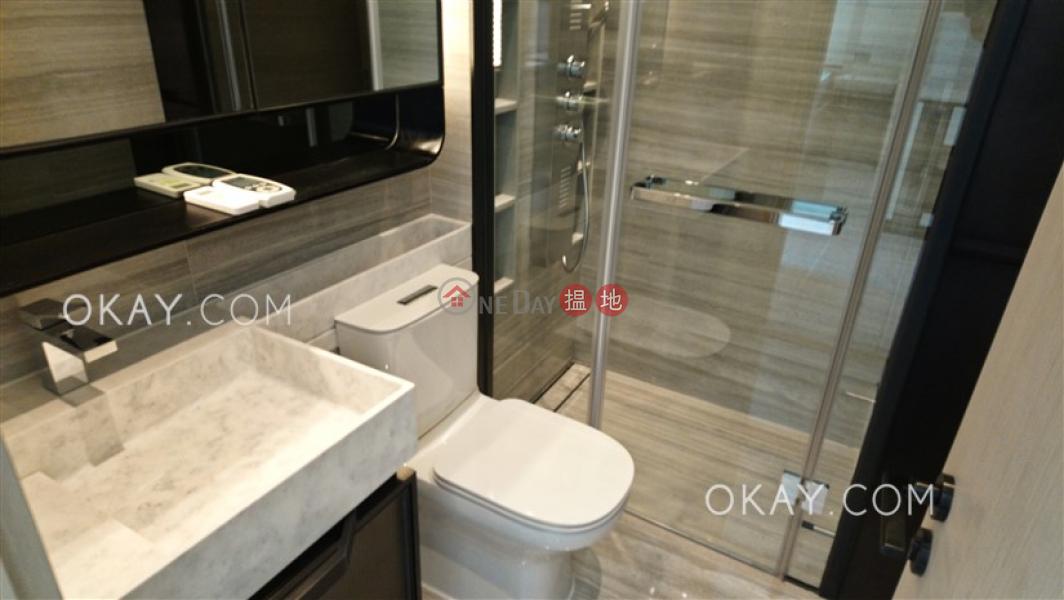 1房1廁,實用率高,星級會所,露台本舍出租單位|18堅道 | 西區香港出租HK$ 27,500/ 月