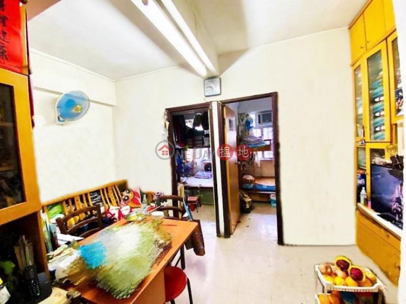 香港搵樓|租樓|二手盤|買樓| 搵地 | 住宅-出售樓盤-實用開揚, 連天台, 鄰近超市, 街市, 巴士站, 地鐡站