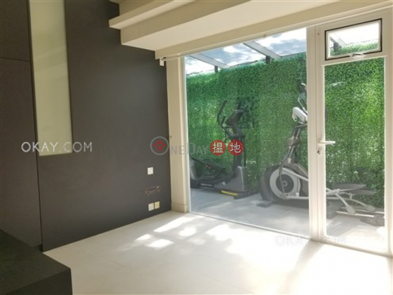 Nicely kept 2 bedroom with terrace & parking | For Sale 137-139 Blue Pool Road | Wan Chai District Hong Kong, Sales | HK$ 27M