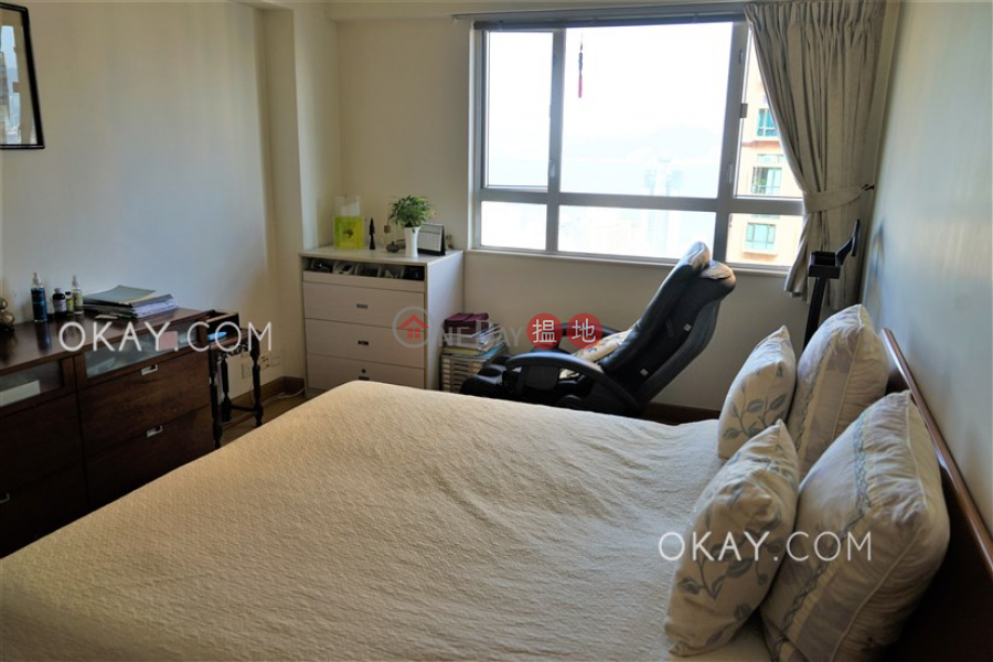 HK$ 62,000/ month | Realty Gardens Western District, Efficient 2 bed on high floor with balcony & parking | Rental