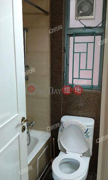 HK$ 22,800/ month Queen\'s Terrace Western District Queen\'s Terrace   2 bedroom Flat for Rent