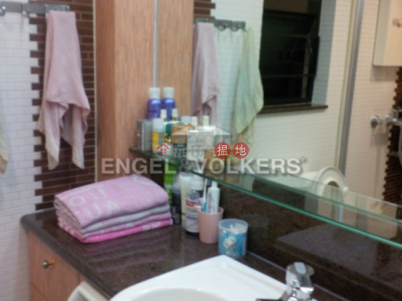 3 Bedroom Family Flat for Sale in Soho, Honor Villa 翰庭軒 Sales Listings | Central District (EVHK14687)