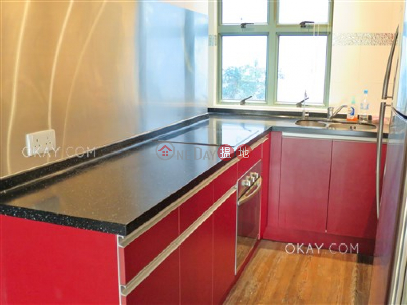 HK$ 42,000/ month, Bisney Terrace Western District Nicely kept 2 bedroom with terrace & parking | Rental