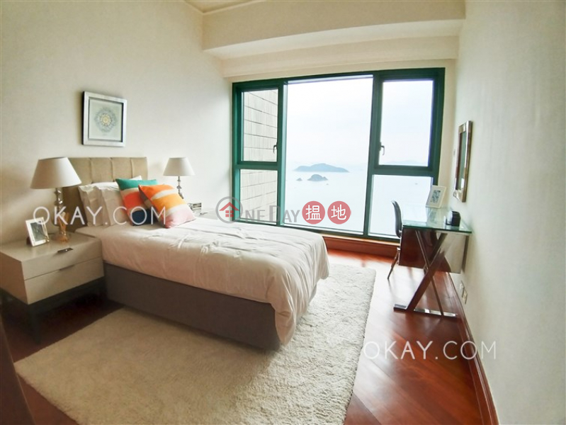 Beautiful 4 bedroom with sea views & parking | Rental | Fairmount Terrace Fairmount Terrace Rental Listings