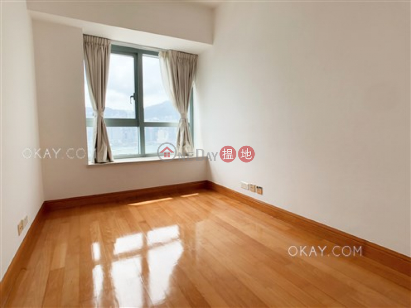 HK$ 55M | The Harbourside Tower 2 | Yau Tsim Mong Lovely 3 bedroom with parking | For Sale