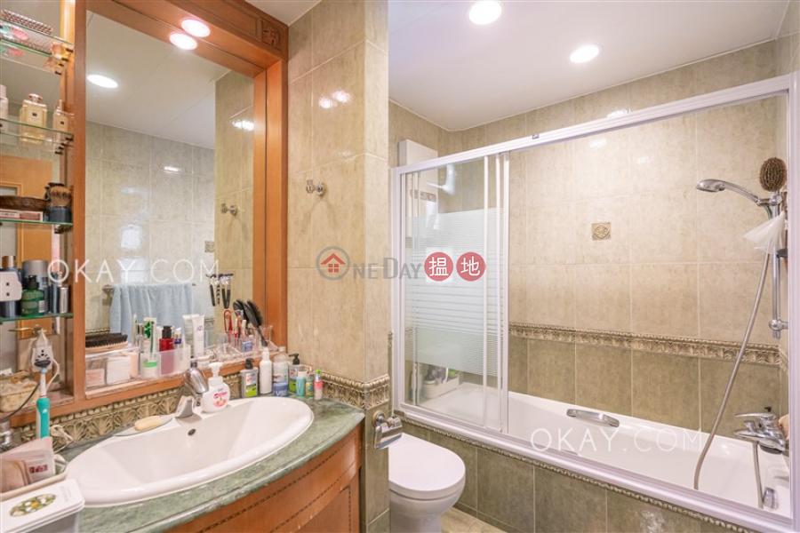3房2廁,實用率高,連車位威豪閣出售單位|威豪閣(Wealthy Heights)出售樓盤 (OKAY-S50645)