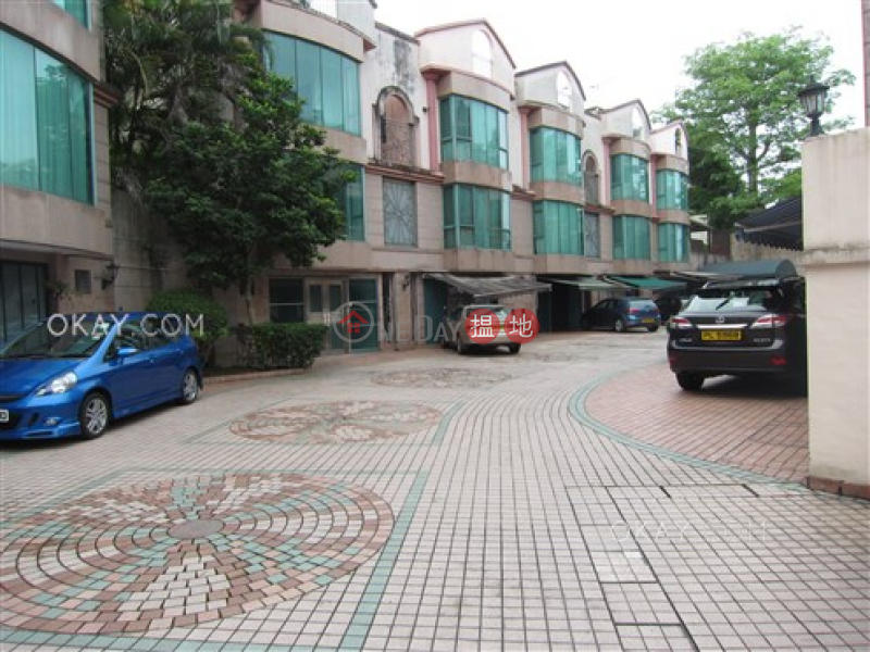 HK$ 23M | Burlingame Garden | Sai Kung, Popular house with parking | For Sale