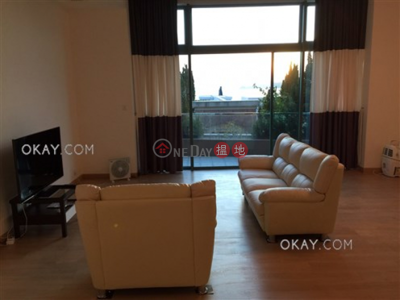 HK$ 120,000/ month, Phase 1 Regalia Bay, Southern District | Lovely house with rooftop, balcony | Rental
