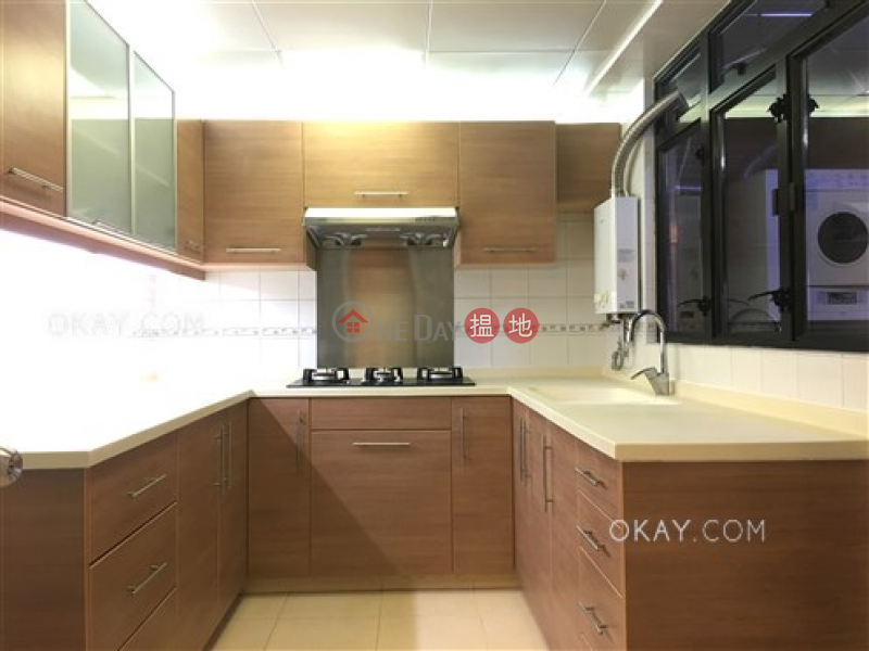 Property Search Hong Kong | OneDay | Residential | Rental Listings Luxurious 3 bedroom in Happy Valley | Rental