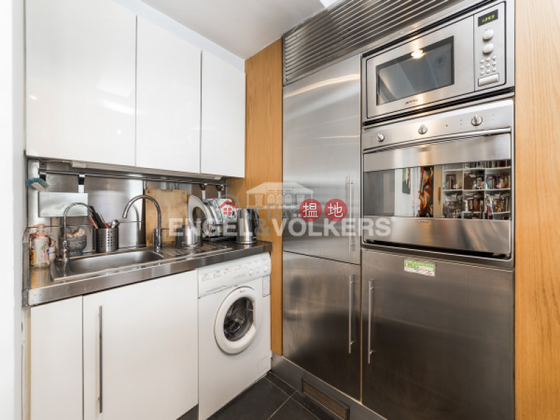 1 Bed Flat for Rent in Soho, 105-107 Hollywood Road | Central District Hong Kong Rental HK$ 47,000/ month