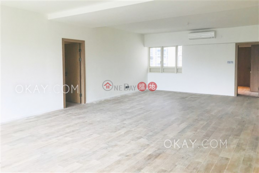 Stylish 3 bedroom with balcony | Rental, St. Joan Court 勝宗大廈 Rental Listings | Central District (OKAY-R22385)