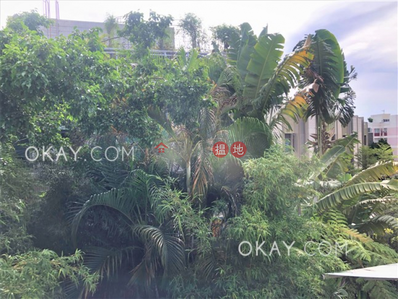 HK$ 135,000/ month, Bisney View Western District Luxurious house with sea views, rooftop & terrace | Rental