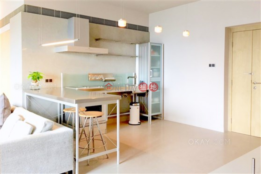 Luxurious studio with harbour views | For Sale | Valverde 蔚皇居 Sales Listings