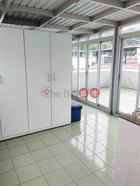 With Rooftop, parking space included, two bedrooms Ting Kok Road | Tai Po District | Hong Kong, Rental HK$ 14,800/ month