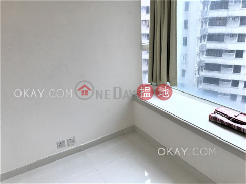 Popular 2 bedroom with balcony | For Sale|Reading Place(Reading Place)Sales Listings (OKAY-S49265)_0