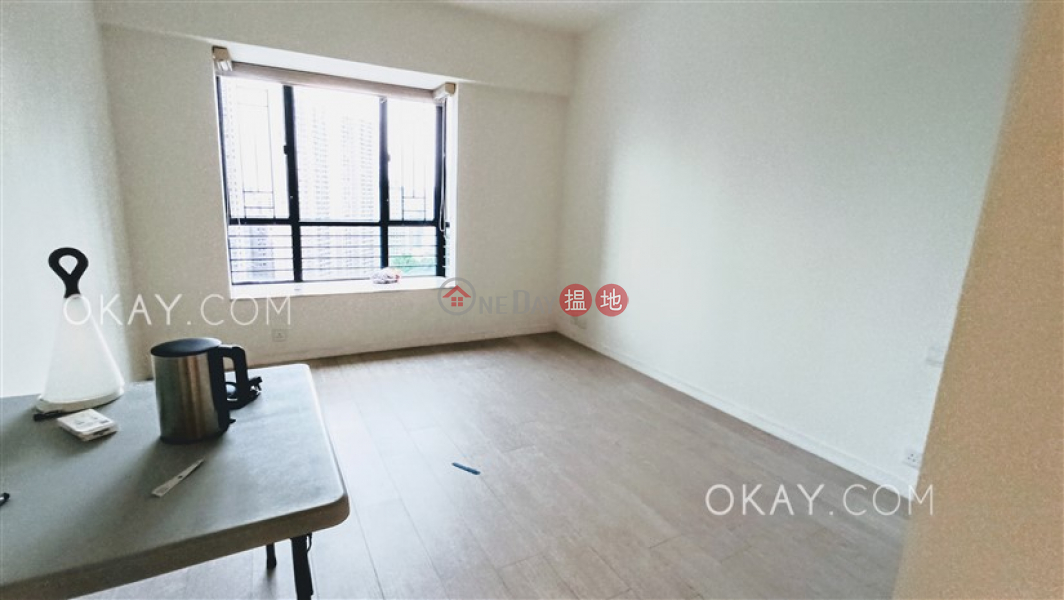 HK$ 100,000/ month, Clovelly Court Central District, Gorgeous 4 bedroom with parking | Rental