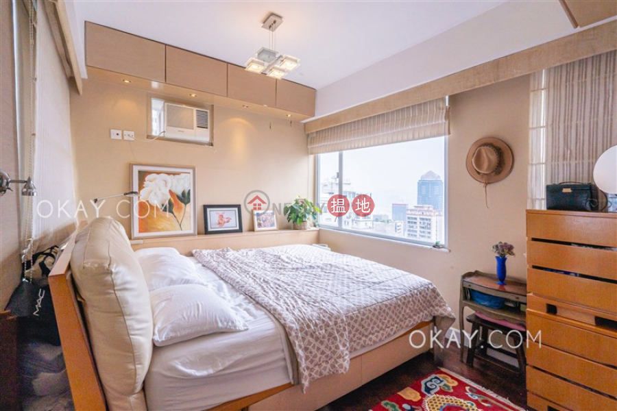 Gorgeous 2 bed on high floor with harbour views | For Sale | Sherwood Court 慧林閣 Sales Listings