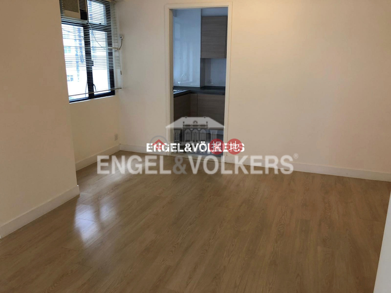 HK$ 40,000/ month 2 Wang Tak Street | Wan Chai District 3 Bedroom Family Flat for Rent in Happy Valley