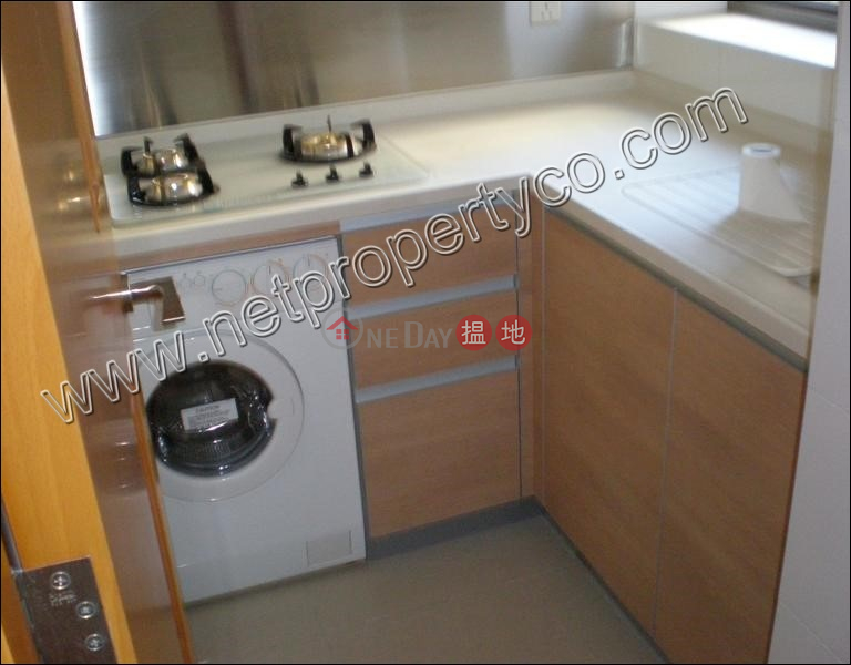 Property Search Hong Kong | OneDay | Residential Rental Listings 3-bedroom unit with balcony for lease in Wan Chai