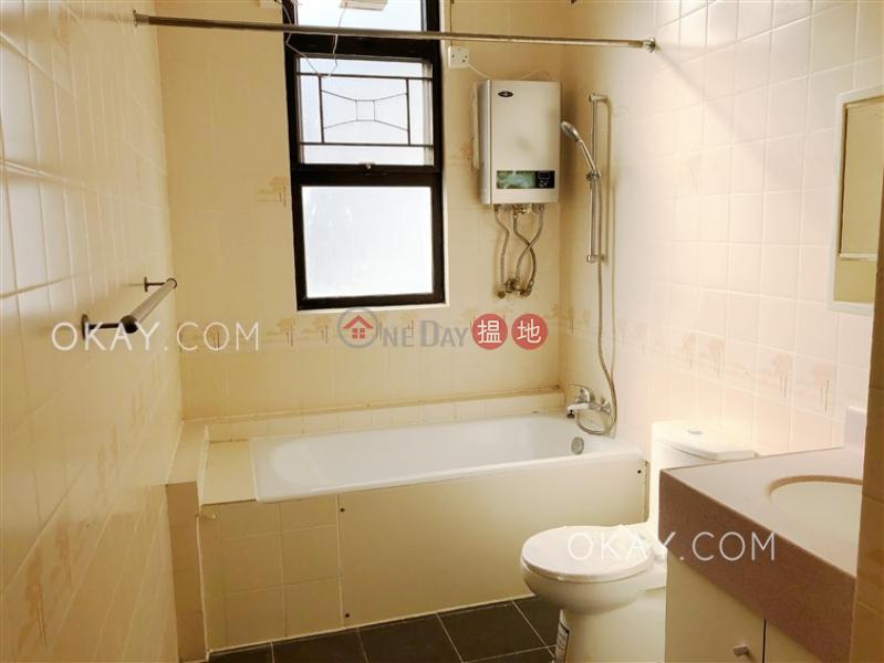 3房2廁,連車位,露台《怡翠花園出租單位》|怡翠花園(Eben Gardens)出租樓盤 (OKAY-R386691)