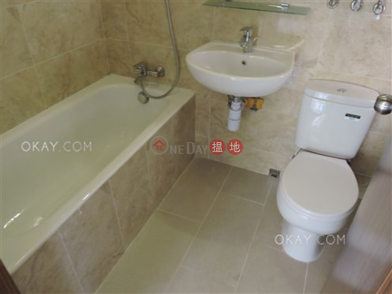 HK$ 45,000/ month | 89 Blue Pool Road Wan Chai District | Nicely kept 3 bedroom with balcony & parking | Rental
