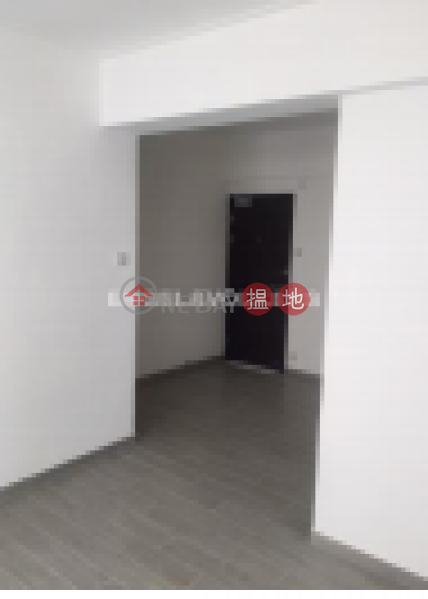 HK$ 33,000/ month Great George Building | Wan Chai District | 3 Bedroom Family Flat for Rent in Causeway Bay