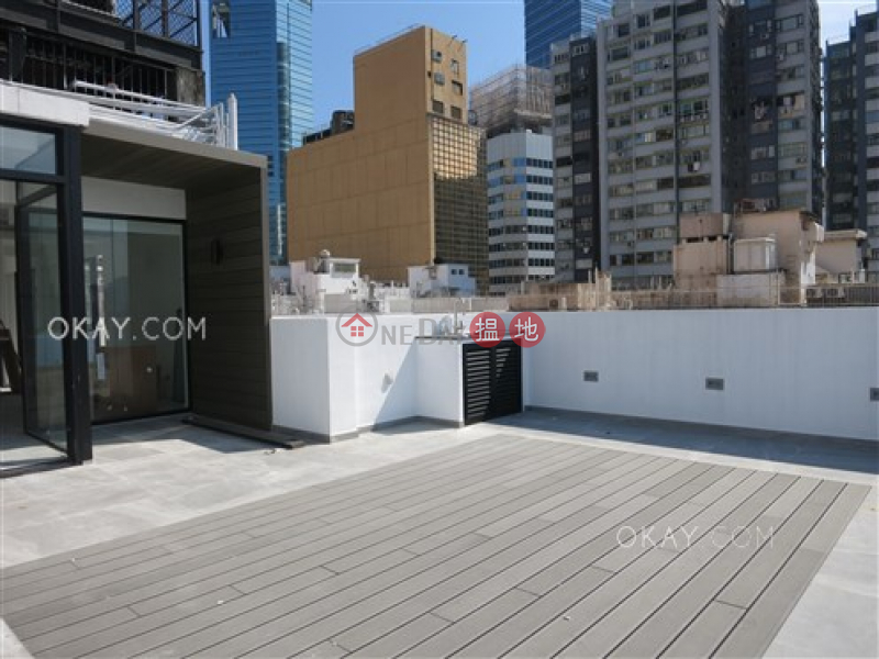 HK$ 65,000/ month | Kingston Building Block B, Wan Chai District | Stylish 2 bed on high floor with harbour views | Rental
