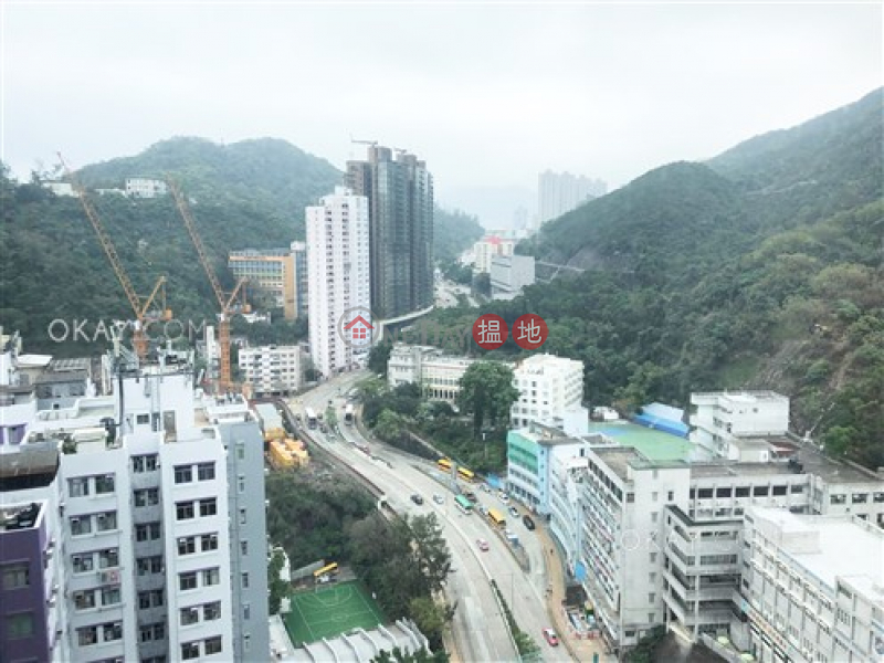 Property Search Hong Kong | OneDay | Residential | Rental Listings Intimate 2 bedroom on high floor with balcony | Rental