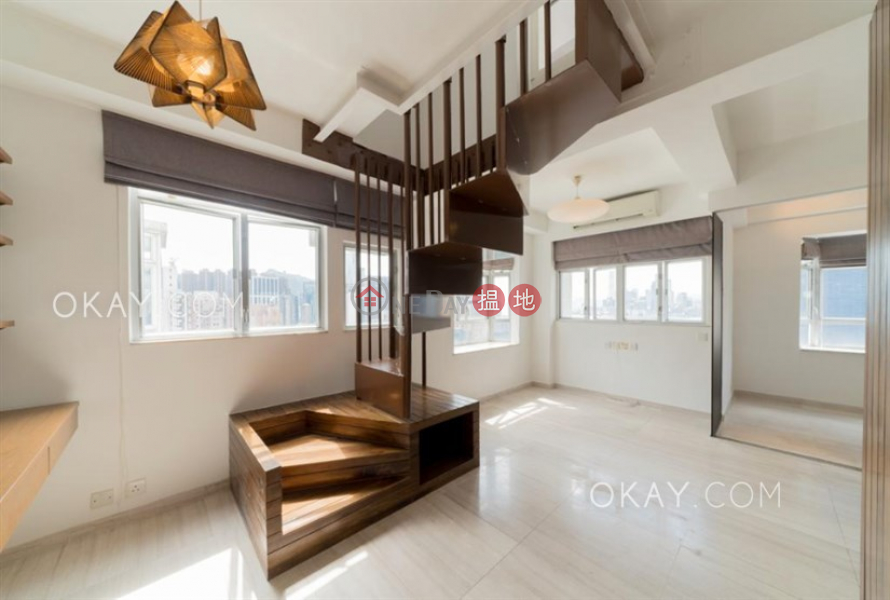 Unique 1 bed on high floor with harbour views & rooftop | For Sale | Lily Court 蓮花園 Sales Listings